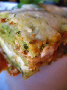 At least lasagna freezes perfectly and I can enjoy a gooey little piece of lasagna goodness anytime...until it's gone. :(